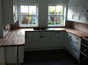derby based kitchen fitter
